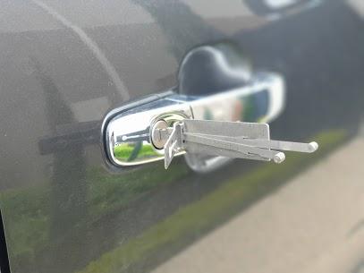 Automotive locksmiths
